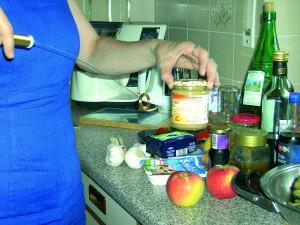Tensorhandhabung in der Küche mit Lebensmitteln